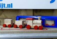 Houten speelgoed trein