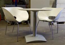designstoelen en tafel set